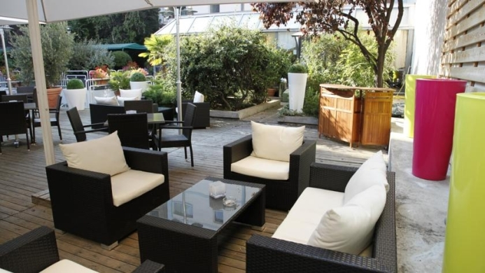 View of Best Western Hotel Charlemagne Lyon - Muslim Friendly Travel in Lyon