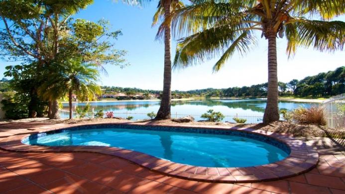 View of Isle of Palms Resort Gold Coast - Muslim Friendly Travel in Gold Coast