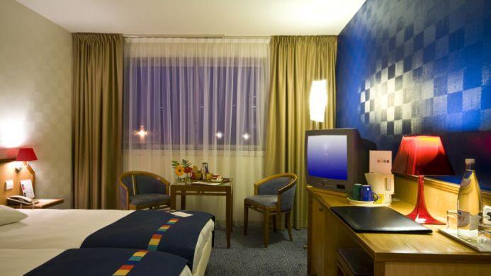 View of Park Inn by Radisson Lyon Ouest Hotel - Muslim Friendly Travel in Lyon