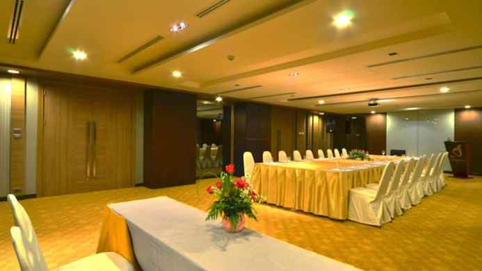 View of Mida City Resort Bangkok - Muslim Friendly Travel in Bangkok