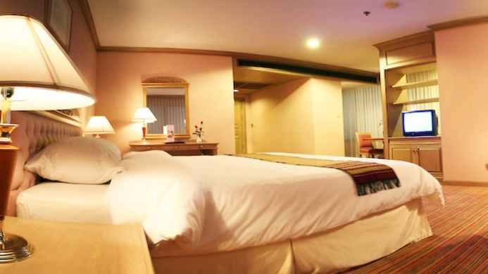 View of Royal River Hotel Bangkok - Muslim Friendly Travel in Bangkok
