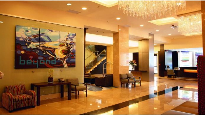 View of Century Plaza Hotel & Spa Vancouver - Muslim Friendly Travel in Vancouver