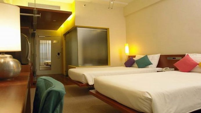 View of Quality Hotel Marlow Singapore - Muslim Friendly Travel in Singapore
