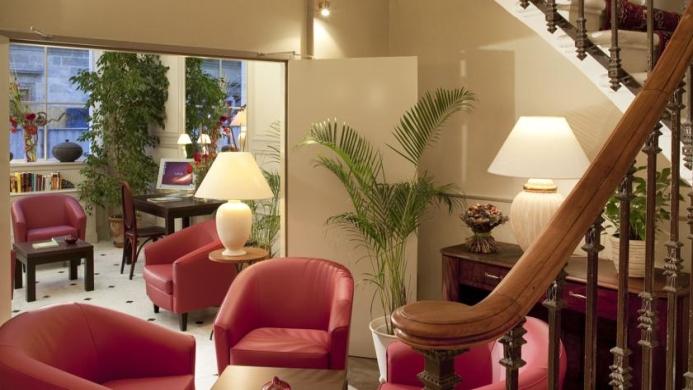 View of Coeur De City Hotel Bordeaux Clemenceau - Muslim Friendly Travel in Bordeaux