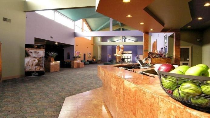 View of Executive Royal Inn West Edmonton - Muslim Friendly Travel in Edmonton