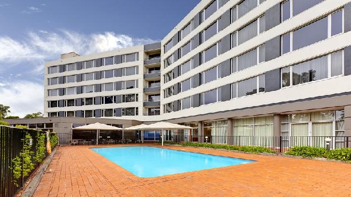 View of Rydges Hotel Bankstown - Muslim Friendly Travel in Sydney