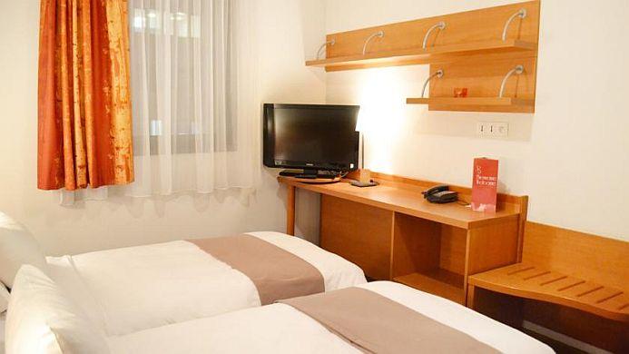 View of Park & Suites Elegance Lyon Gerland Hotel - Muslim Friendly Travel in Lyon