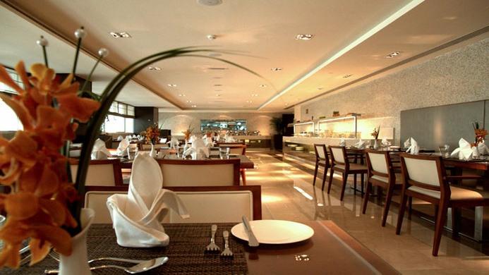 View of Cristal Salam Abu Dhabi Hotel - Muslim Friendly Travel in Abu Dhabi
