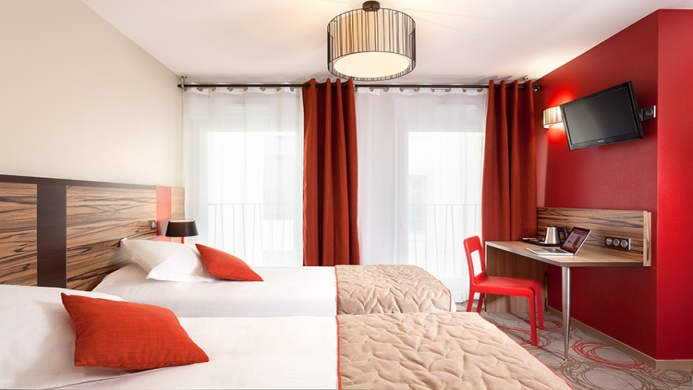 View of Quality Suites Lyon Confluence Hotel - Muslim Friendly Travel in Lyon