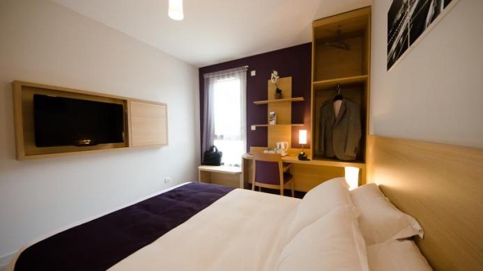 View of Comfort Suites Lyon Est Eurexpo Hotel - Muslim Friendly Travel in Lyon