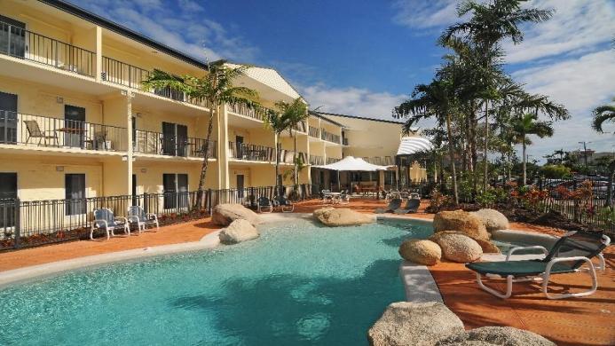 View of Tropical Queenslander - Muslim Friendly Travel in Cairns