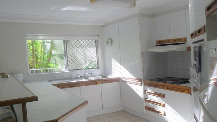 View of Surfers Del Rey Apartments Gold Coast - Muslim Friendly Travel in Gold Coast