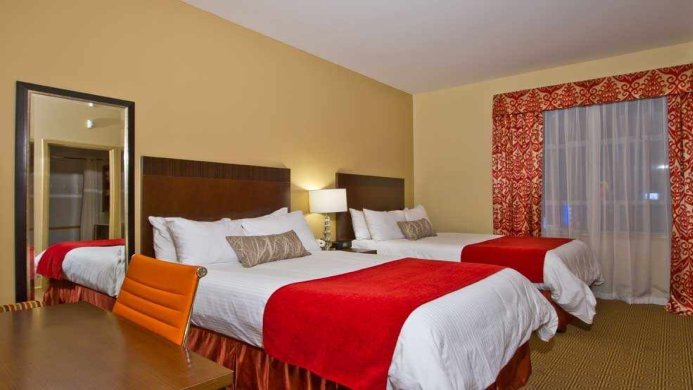 View of Comfort Inn Downtown Vancouver - Muslim Friendly Travel in Vancouver