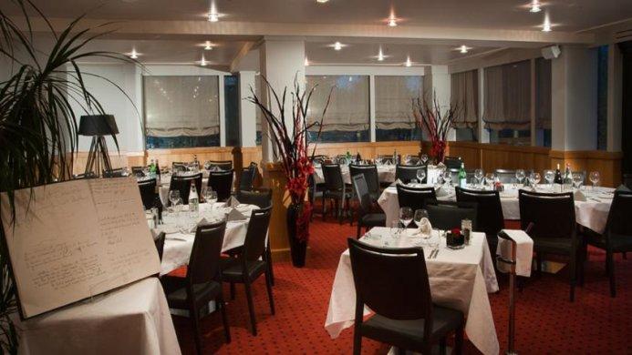 View of Best Western Golf & Hotel Du Gouverneur Monthieux - Muslim Friendly Travel in Lyon