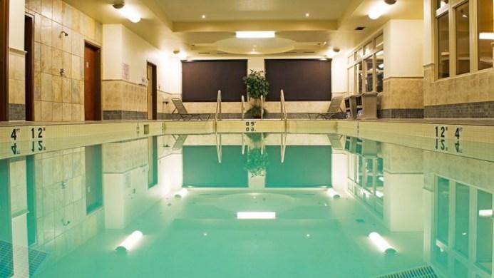 View of Mayfield Inn & Suites Edmonton - Muslim Friendly Travel in Edmonton