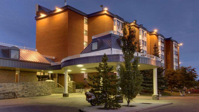 View of Best Western Plus Westwood Inn Edmonton - Muslim Friendly Travel in Edmonton