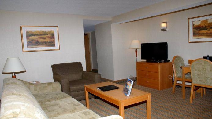 View of Best Western Plus Victoria Park Suites Hotel Ottawa - Muslim Friendly Travel in Ottawa