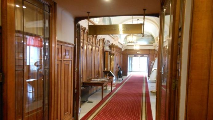 View of Mercure Lyon Centre Grand Hotel Chateau Perrache - Muslim Friendly Travel in Lyon