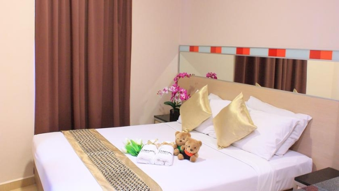 View of Fragrance Hotel Ruby Singapore - Muslim Friendly Travel in Singapore