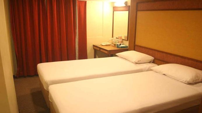 View of Hotel 81 Bencoolen Singapore - Muslim Friendly Travel in Singapore
