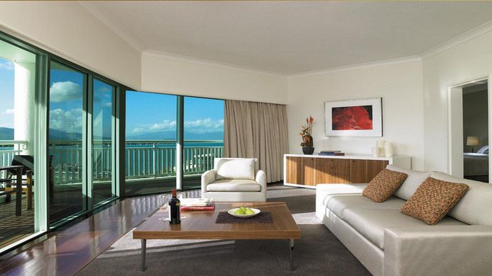 View of Comfort Hotel Acacia Court Cairns - Muslim Friendly Travel in Cairns