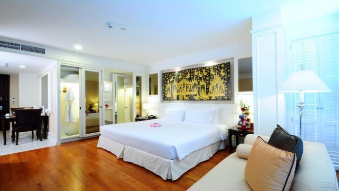 View of Majestic Grande Hotel Bangkok - Muslim Friendly Travel in Bangkok