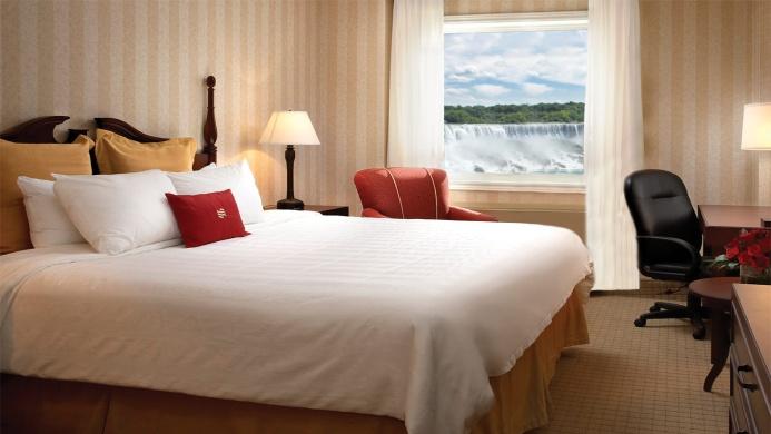 View of Skyline Inn Niagara Falls - Muslim Friendly Travel in Niagara Falls