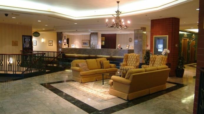 View of Ramada Plaza Park Place Hotel Dartmouth Halifax - Muslim Friendly Travel in Halifax, NS