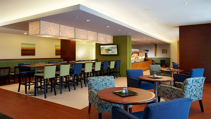 View of Park Inn & Suites Hotel Montreal Airport - Muslim Friendly Travel in Montreal, QC