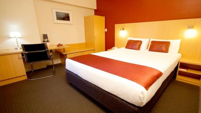 View of Hotel Ibis Thornleigh - Muslim Friendly Travel in Sydney