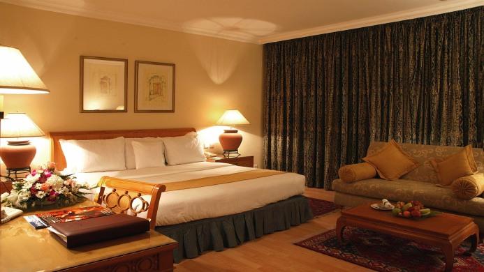 View of Sheraton Jumeirah Beach Resort Dubai - Muslim Friendly Travel in Dubai