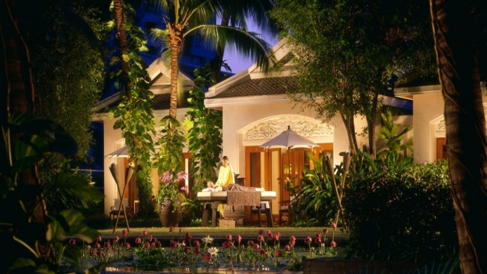View of Four Seasons Hotel Bangkok - Muslim Friendly Travel in Bangkok