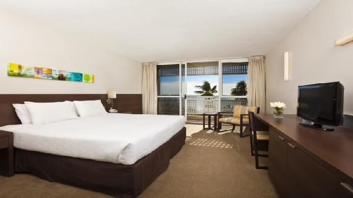 View of Mercure Cairns Harbourside Hotel - Muslim Friendly Travel in Cairns