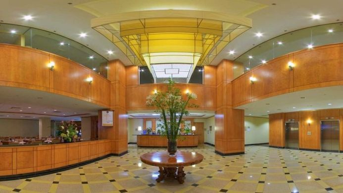 View of Espresso Hotel & Conference Centre Montreal - Muslim Friendly Travel in Montreal, QC