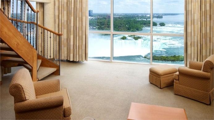 View of Niagara Falls Marriott Gateway On The Falls - Muslim Friendly Travel in Niagara Falls