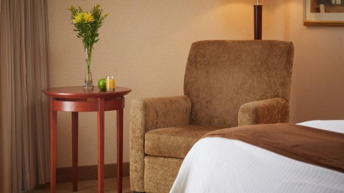 View of The National Hotel & Suites Ottawa - Muslim Friendly Travel in Ottawa
