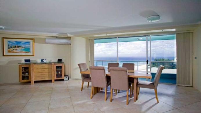 View of Ocean Plaza Resort Coolangatta - Muslim Friendly Travel in Gold Coast