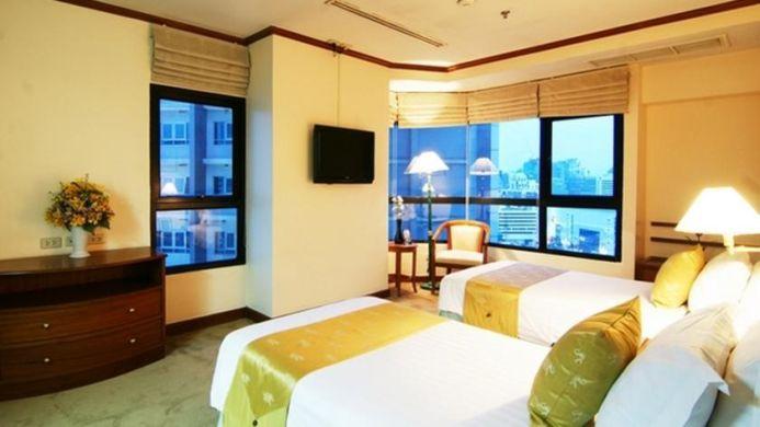 View of Grand Diamond Suites Hotel Bangkok - Muslim Friendly Travel in Bangkok