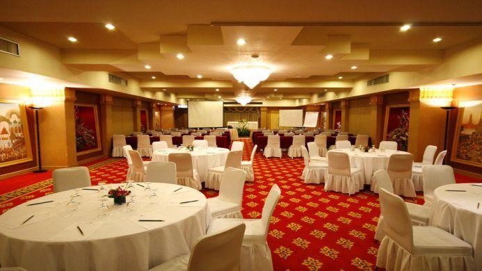 View of Montien Hotel Bangkok - Muslim Friendly Travel in Bangkok