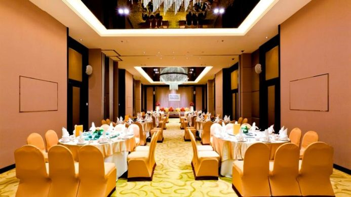 View of Royal Princess Larn Luang Hotel Bangkok - Muslim Friendly Travel in Bangkok