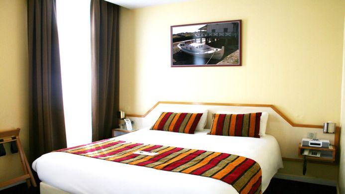 View of Hotel Du Faisan Hotel Bordeaux - Muslim Friendly Travel in Bordeaux